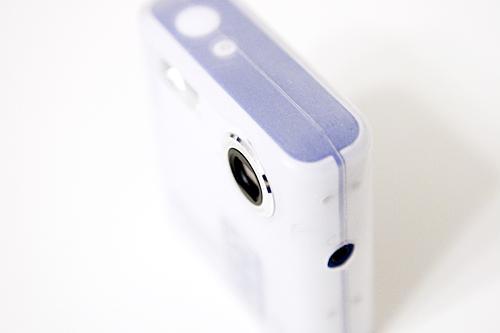 【画像】トイデジPolaroid izone 550にカバーをつけて右斜め上から撮影