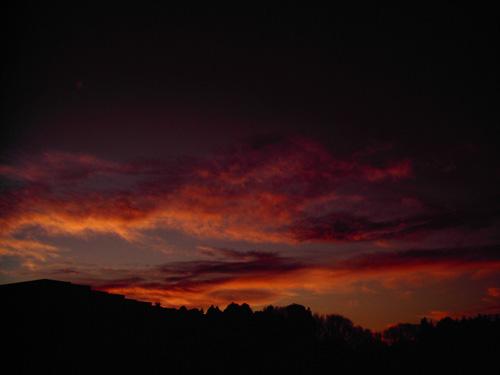 【画像】ポラデジ izone 550で撮影した朝焼け