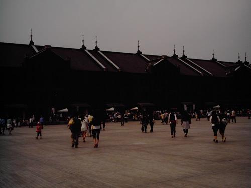 【画像】赤レンガパークに集う人々