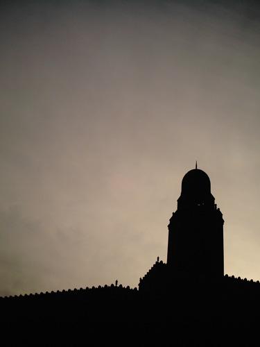 【画像】横浜税関塔屋(クイーンの塔)のシルエット