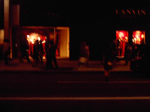 【画像】ポラデジ izone 550で撮影した夜の銀座LANVIN
