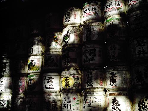 【画像】ポラデジ izone 550で撮影した明治神宮内の酒樽