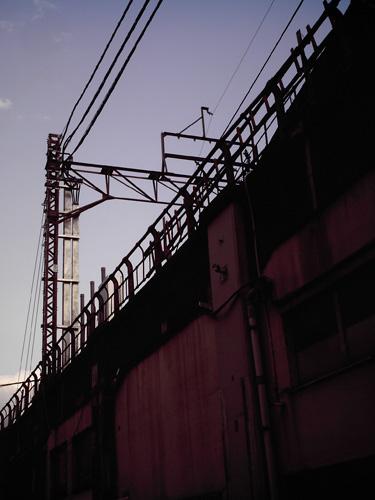 【画像】ポラデジ izone 550で撮影した東武伊勢崎線の高架