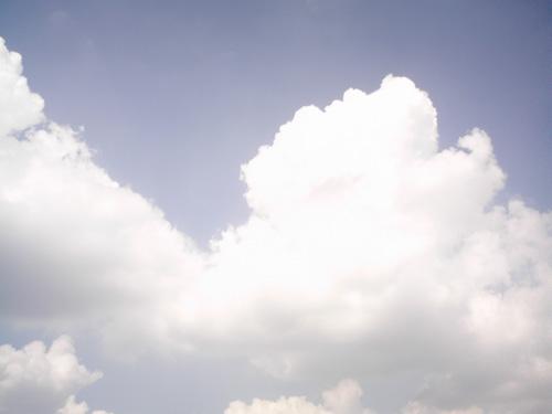 【画像】ポラデジ izone 550で撮影した青空と雲(ノーマル)